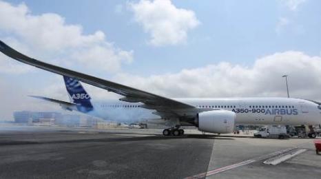 A350 puścił dymka - próba silników