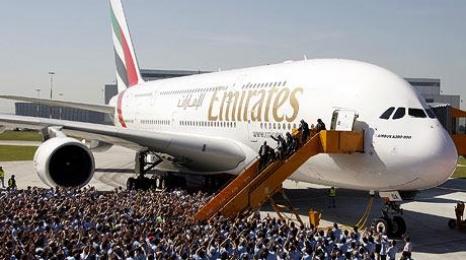 Emirates: Rekordowe na świecie zamówienie samolotów