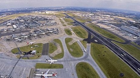 UK: Poważna awaria, chaos na lotniskach