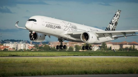 A350 XWB ruszył w pokazową trasę po Azji