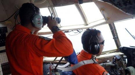 Odnaleziono szczątki Airbusa i ciała pasażerów