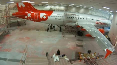 Tak się maluje samolot!